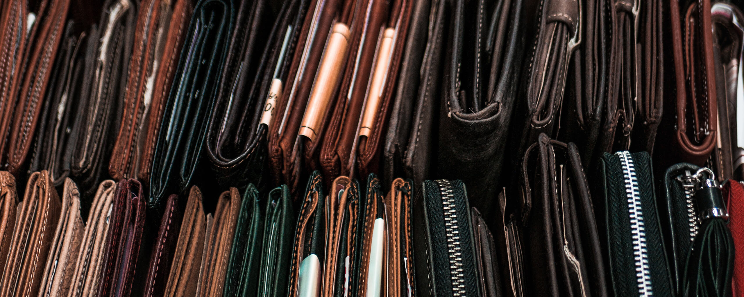 many wallets on 2 rows