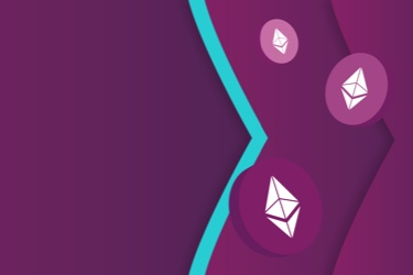 Ethereum Classic logo on chips floating on the Skrill brand purple and teal arrows